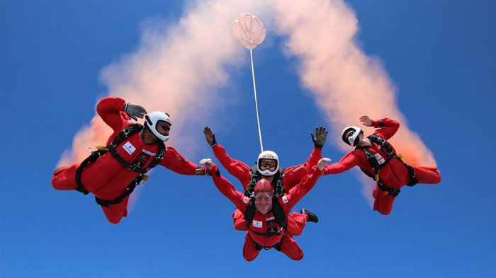 Paul-living-with-chronic-myeloid-leukaemia-skydiving-1024x576.jpg