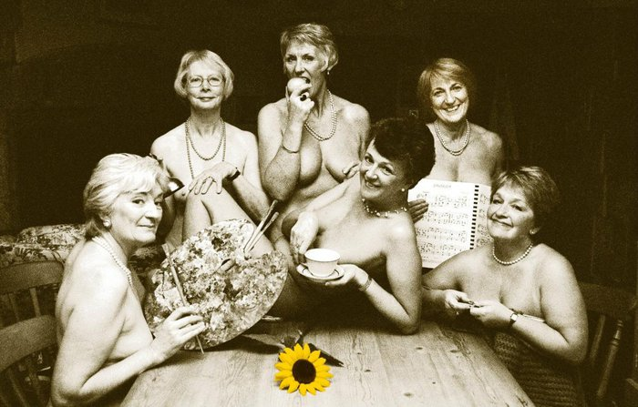 Calendar Girls posing for their shoot